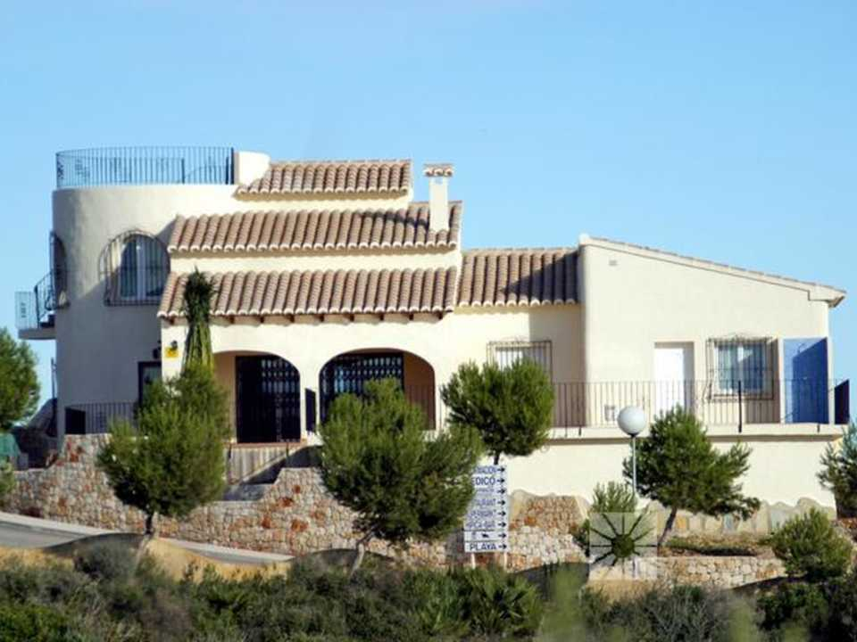 <h1> Villa model CAPRICCIOLI, villas for sale in Cumbre del Sol Costa Blanca.</h1>