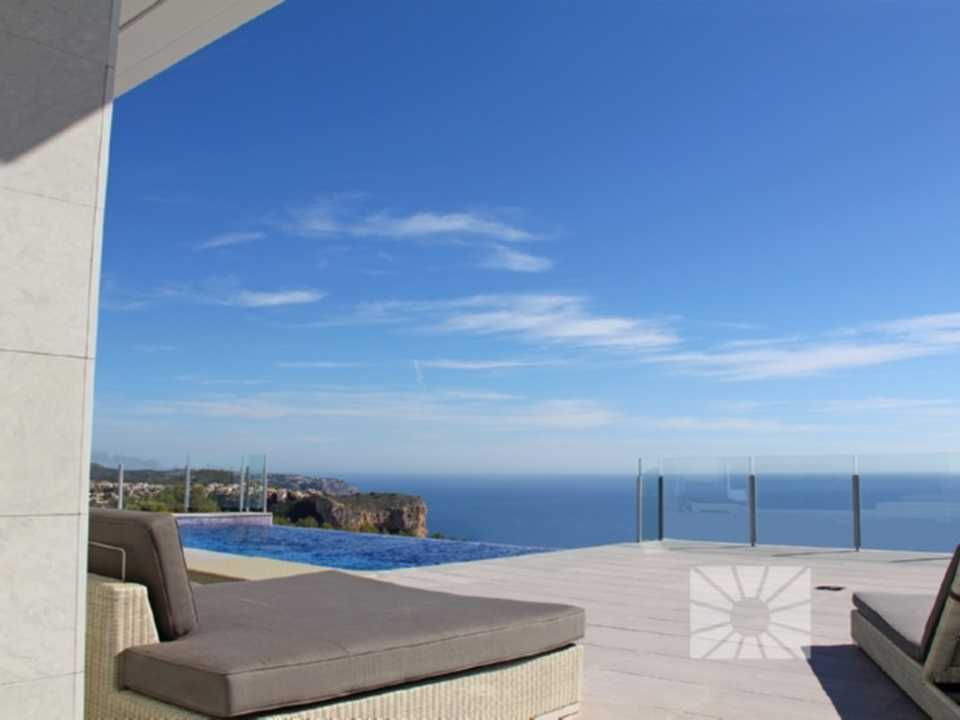 <h1>Lirios Design Cumbre del Sol modern villa for sale ref: AL136 model Mikonos </h1>