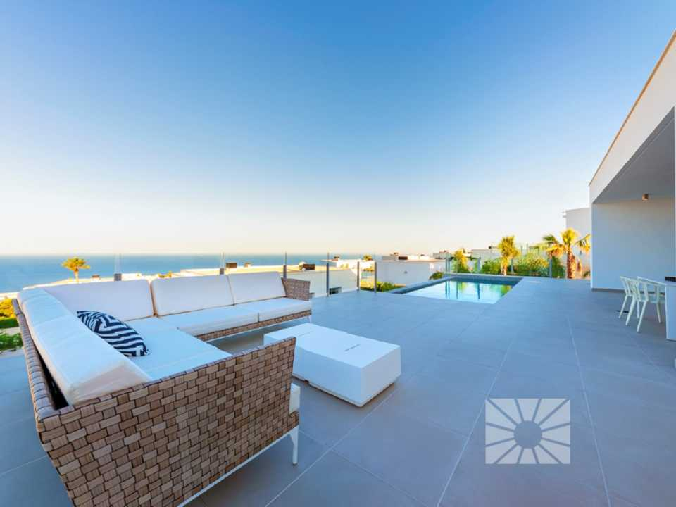 <h1Lirios Design Cumbre del Sol modern villa for sale ref: AL177 model Siros XL</h1>